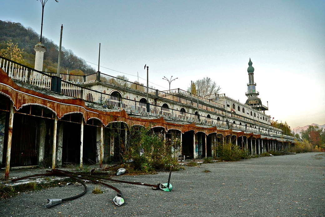 Italy's 5 most beautiful ghost towns | LifeGate