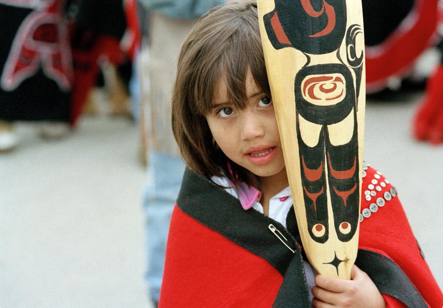 canada indigenous girl