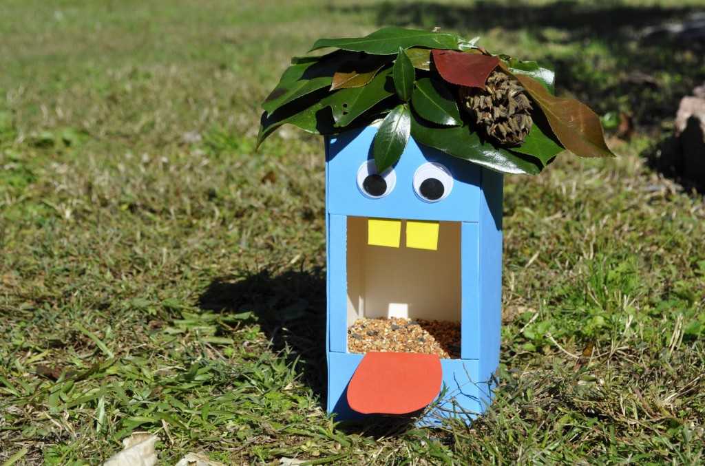 10 Easy To Make And Recycled Bird Feeders