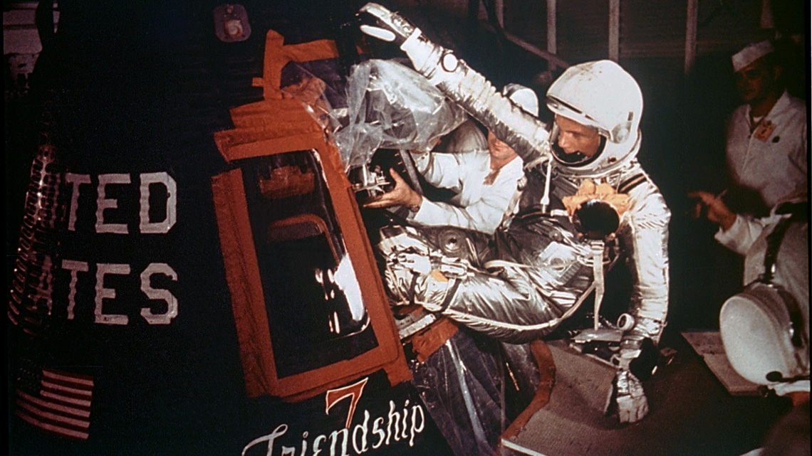 John Glenn entra nella capsula Friendship 7. © NASA/Getty Images