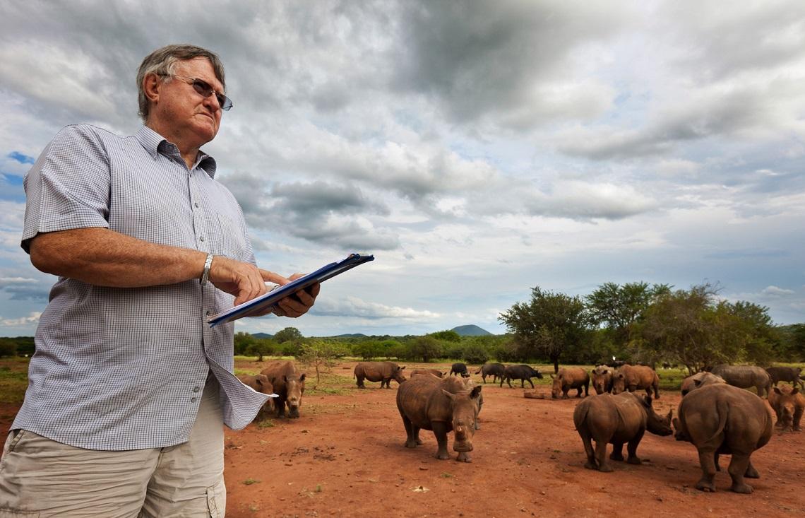 Resultado de imagen de John Hume rinoceronte