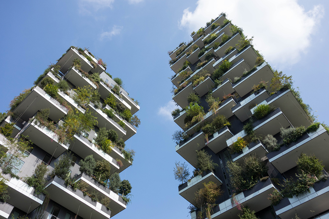 Boeri 39 s bosco verticale is 2015 39 s most beautiful building for Da architecture