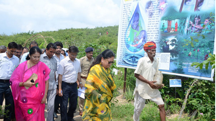 Piplantri, the village that plants trees for women - LifeGate