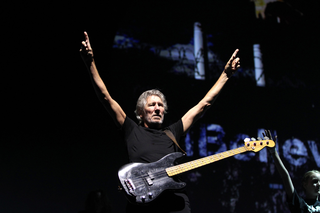 Roger-Waters-The-Wall-interna-old-cms