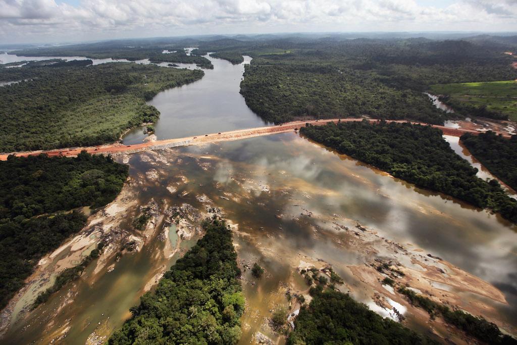 Xingu River To save the Ama...