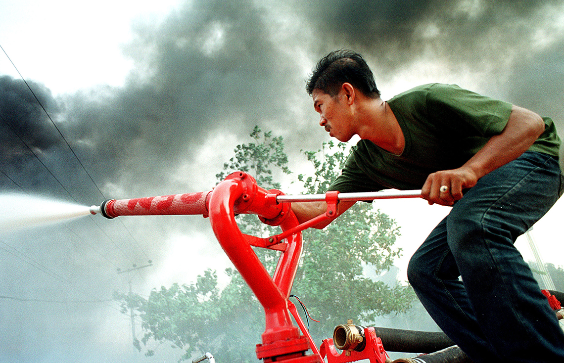indonesia-ranger-incendio