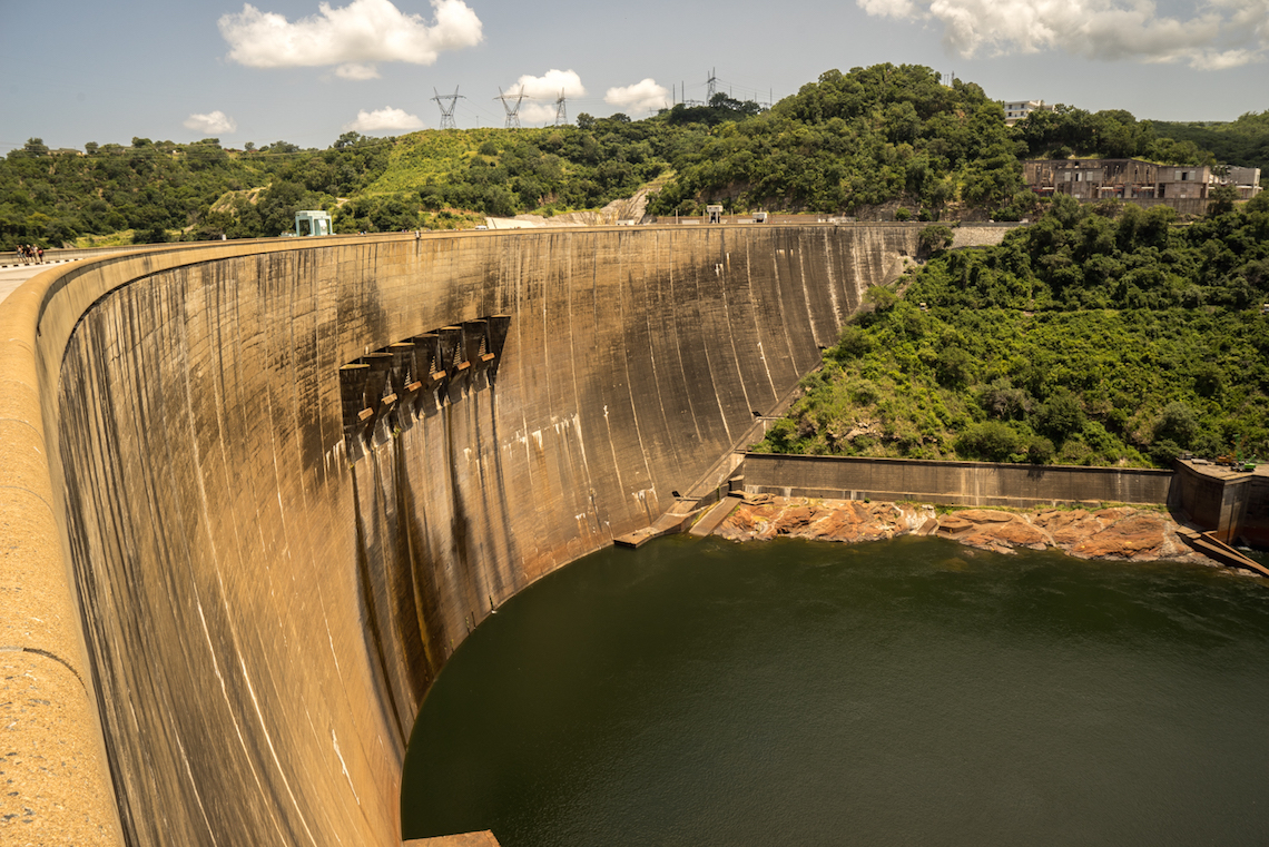 How are artificial dams 82