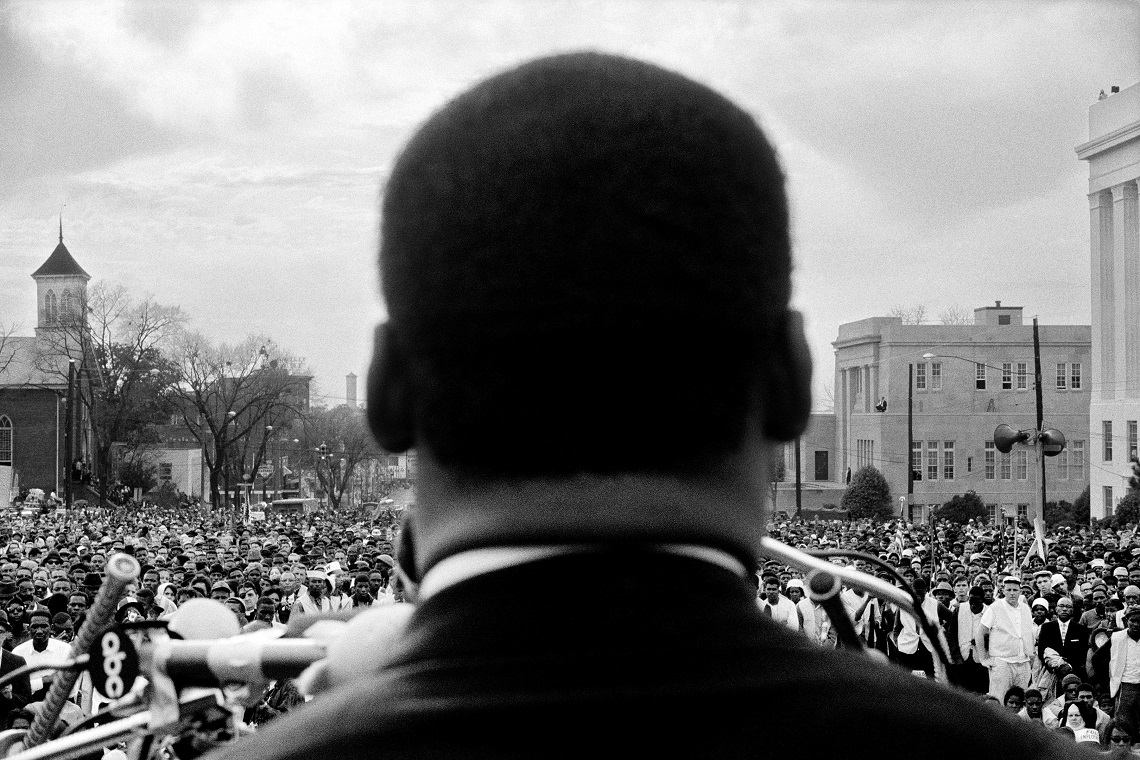 martin luther king charismatic leadership How barack obama is like martin luther king, jr martin luther king jr's charismatic, audacious, courageous leadership dramatically altered the trajectory of american history his leadership lasted just over a decade.
