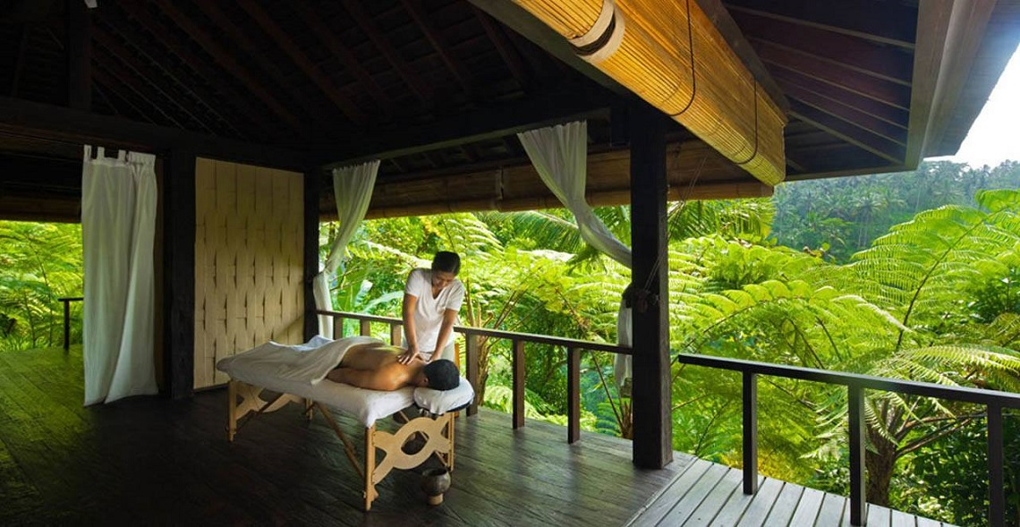 balinese massage atmosphere