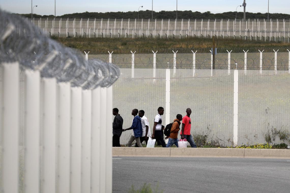 Uk Build A Wall Calais