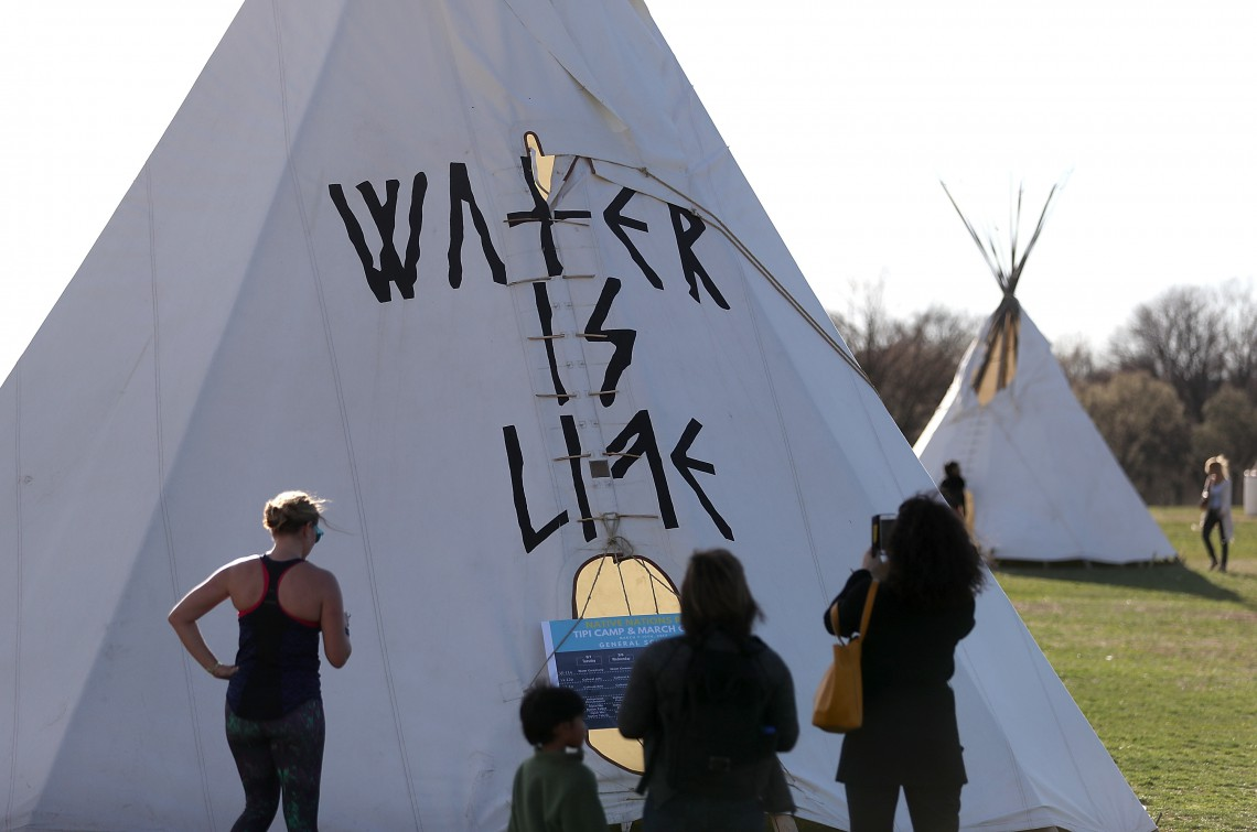 standing rock sioux, protest