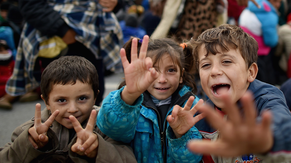 40000 refugees in a week slovenia is close to collapse