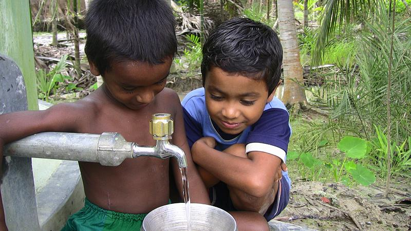 Tap water for children